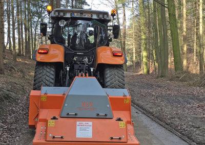 Wegepflegemaschine HEN WPF200