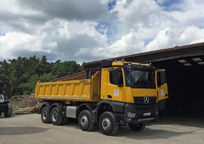LKW 4‑Achser Merc. Arocs 8x6 (32 to, 510 PS, mit Bordmatic)
